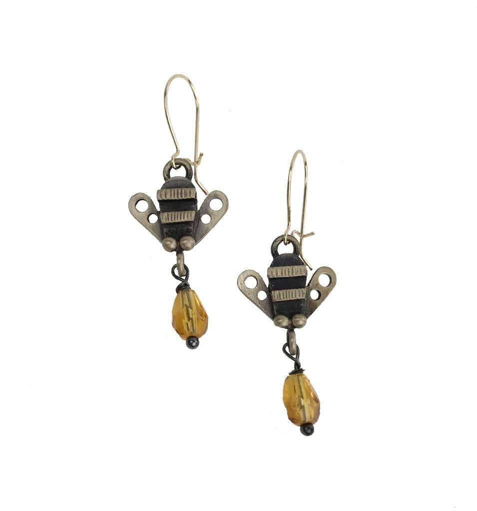 Chickenscratch Lil' Scratch Honey Bee Earrings: Bronze