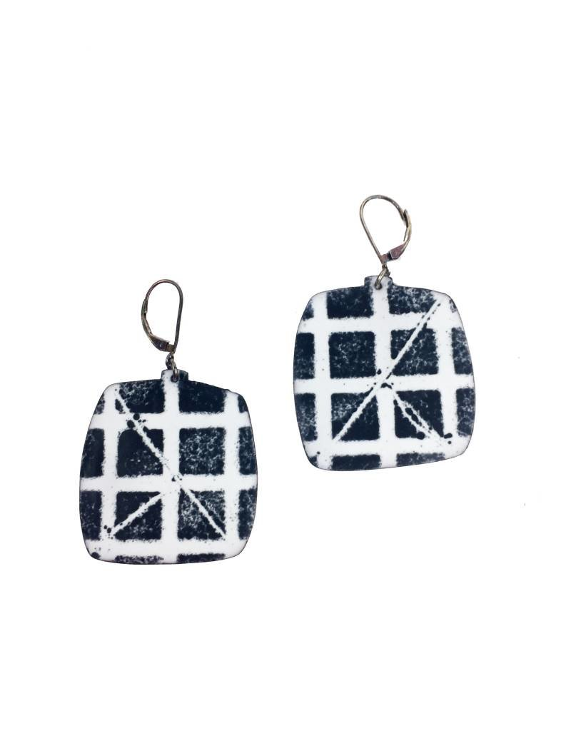 Julie Shaw Julie Shaw Square Earrings: White/Black