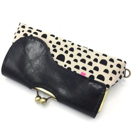 John Met Betty Audrey Clutch: Kokka Pink & Black