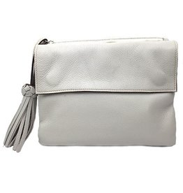 Modus Rio Modus Rio Tasseled Clutch: Off White