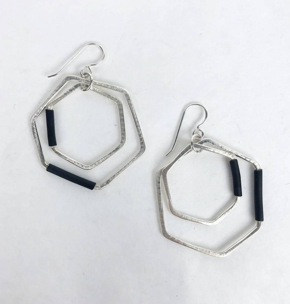 Inteplei Inteplei Earrings: B & W Cluster