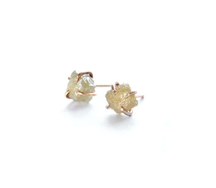 Rough Diamond 14k Gold Prong Stud Earrings