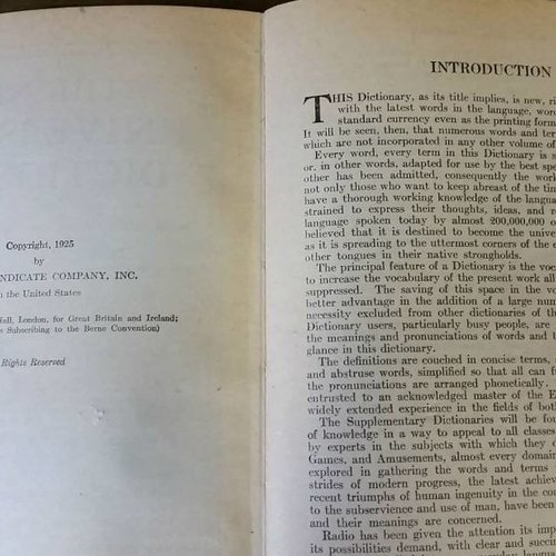 1925 The New Universities Dictionary