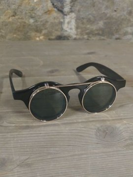Flip Black Sunglasses