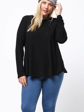 Sally Side Lace Top Curvy