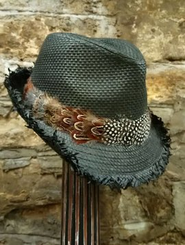 Straw Fedora w/Feather