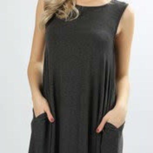 Sleeveless Pocket Dress Curvy