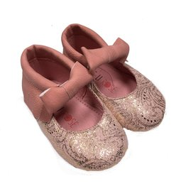 Mae Li Rose Genuine Leather Bow Moccasin