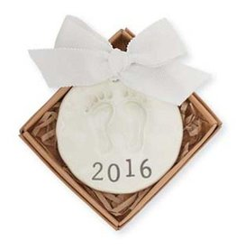 2016 BABY FOOTPRINT ORNAMENT