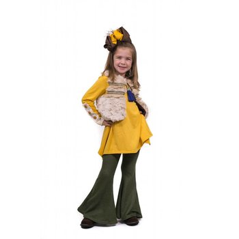 Peaches 'n Cream Fur Vest with Mustard Tunic and Green Pant