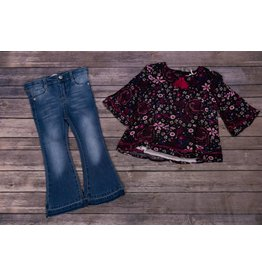 Jessica Simpson Black Floral Longsleeve with Jeans