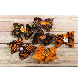 Wee Ones Mini King Halloween Character Bow