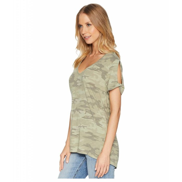 Camo Twist Sleeve Tee