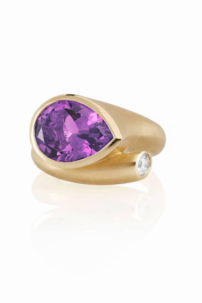 Carelle Large Whirl Amethyst & Diamond Ring