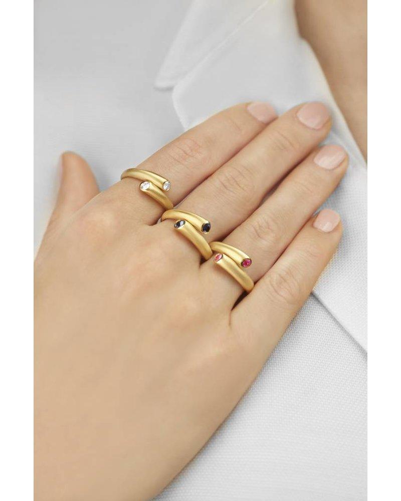 Carelle Whirl Single Diamond Ring