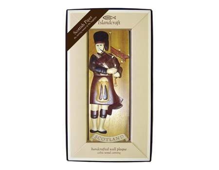 Royal Tara Plaque: Wood Bagpiper