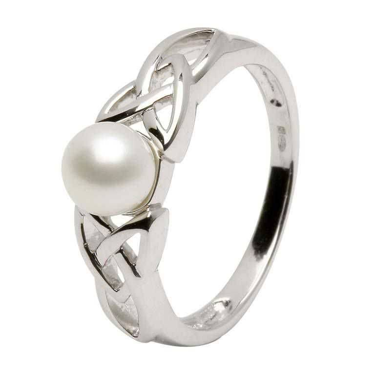 Ring: Trinity Pearl Ring