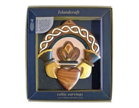 Plaque: Wood Carved Claddagh 2