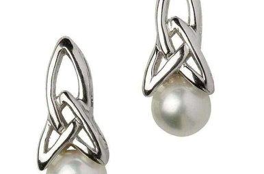 Earrings: Sil Trinity Pearl