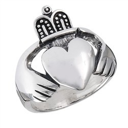 Ring: Large Claddagh, SS