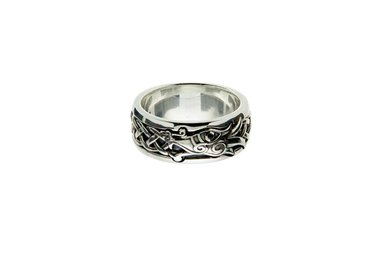 Ring: Sterling Silver/Black Dragon