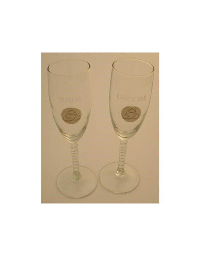 Glass: Deluxe B/G Flutes, Silver Trinity