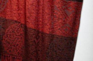 Ruana: Celtic Knot Garnet