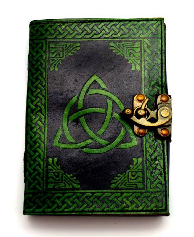 Journal: Triquetra Leather Green 5X7
