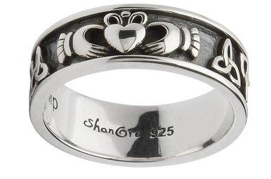 Ring: SS Claddagh Trinity Band