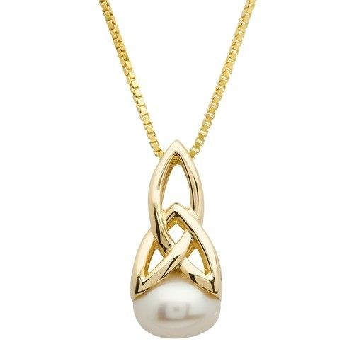 Pendent: 10k Gold Pearl Trinity