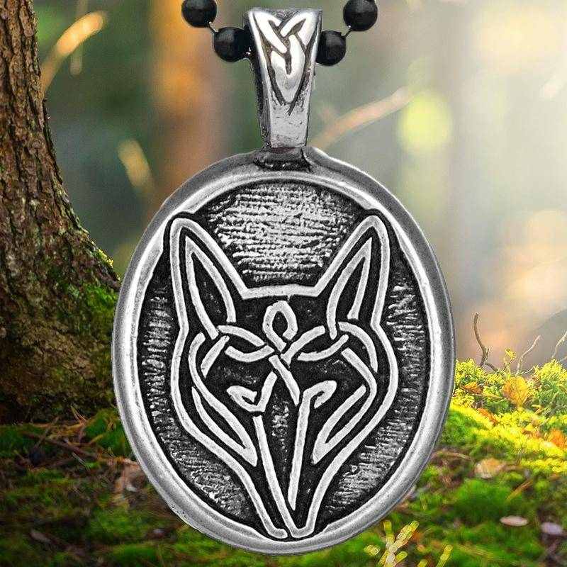 Pendant: Wolf Pewter
