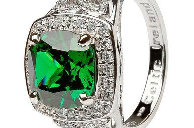 Ring: Silver Green Cz Trinity Knot Halo