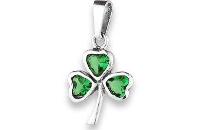 Necklace: SS Shamrock/Sim Emeralds WE9322