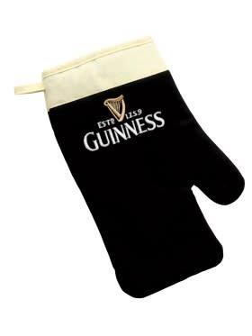 Guinness: Pint Shaped Oven Mitt