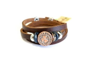Bracelet: Brn Loop Leather Shamrock