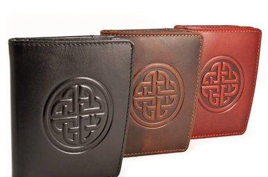 Wallet: Caitlin Ladies Knot Brown
