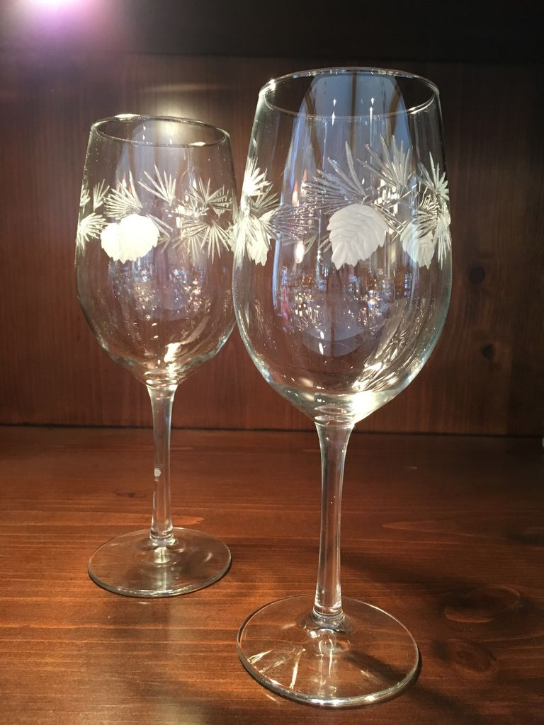ROLF Pine White Wine Glass