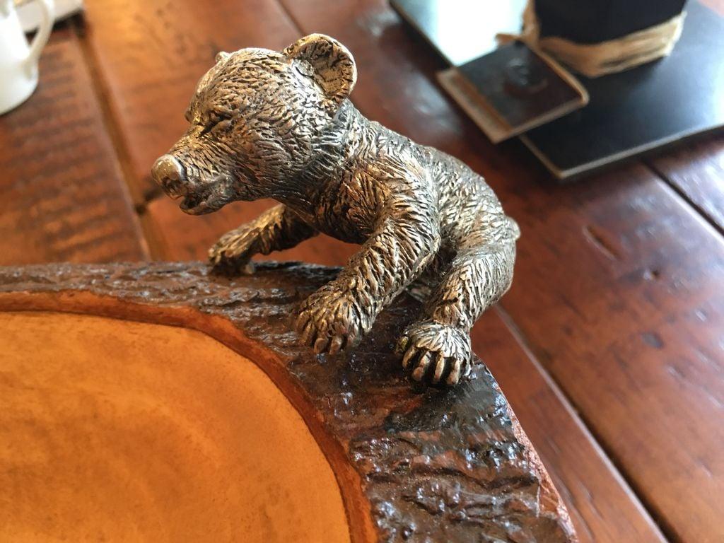 VAGA WOOD BEAR BOWL