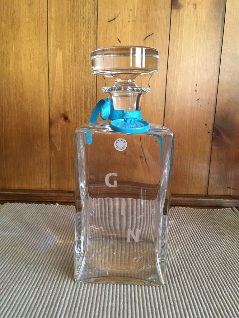 "Sq Decanter ""Gin"""