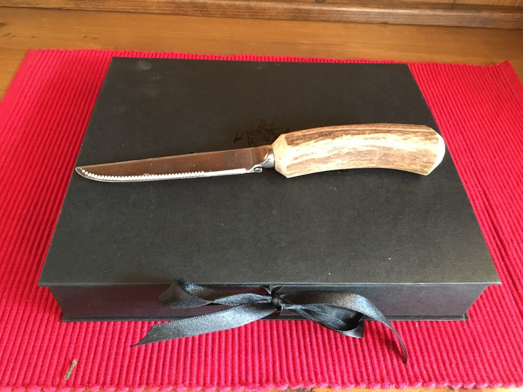 VAGA STAG ANTLER STEAK SET