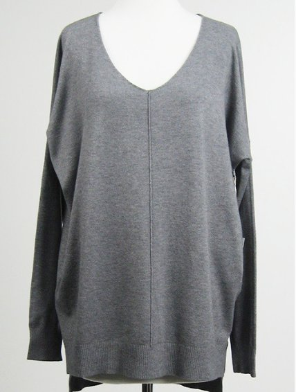 Debut/Dreamers Dreamy V Neck Sweater