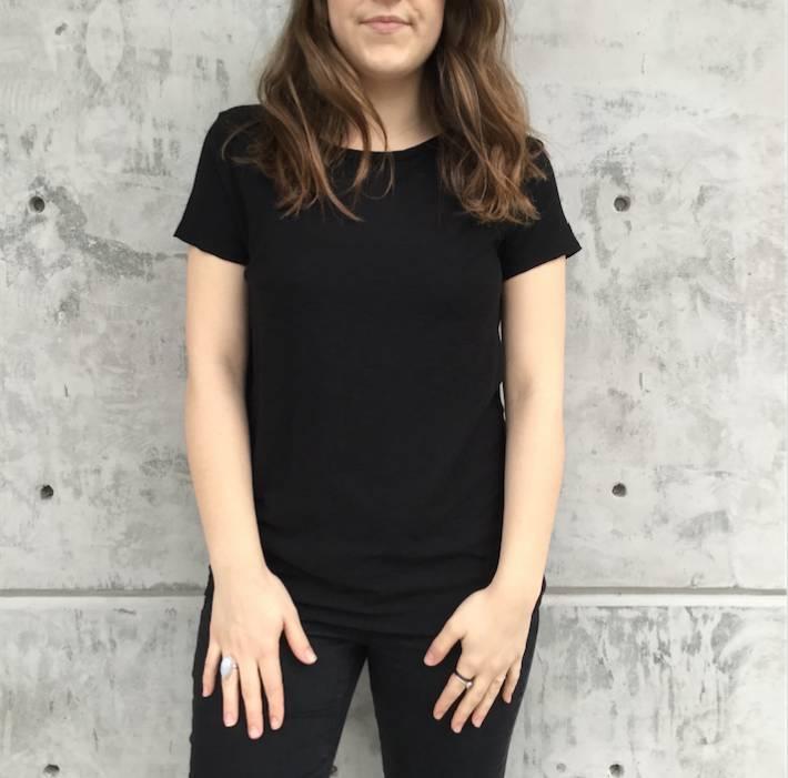 Michelle (Comune) Essential Crew Neck Tee