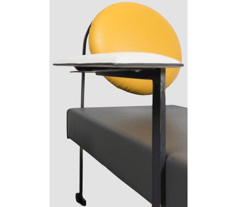 ART M Lounge Chair