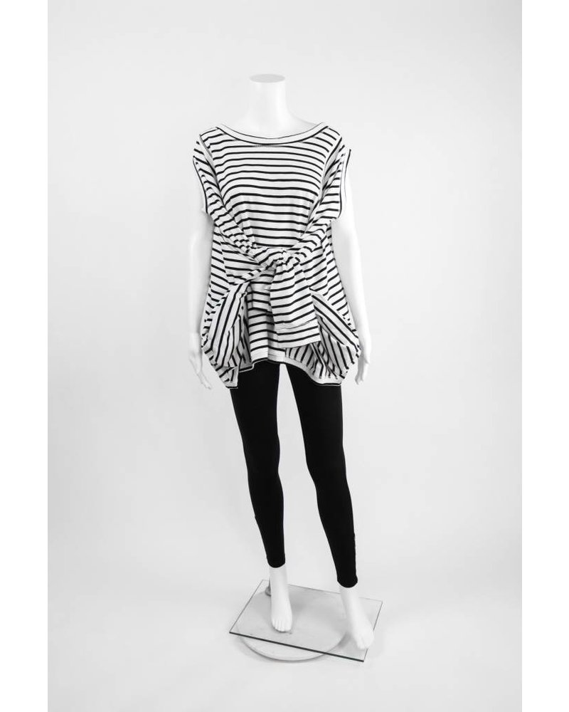 Creare 3/4 Sleeve Stripe Cold Shoulder Oversized Knit Tee
