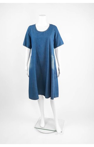 Alembika Short Sleeve Pocket Dress