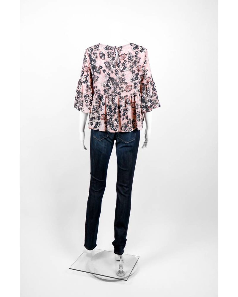 Cristina Gavioli Grey Floral Flutter Sleeve Blouse