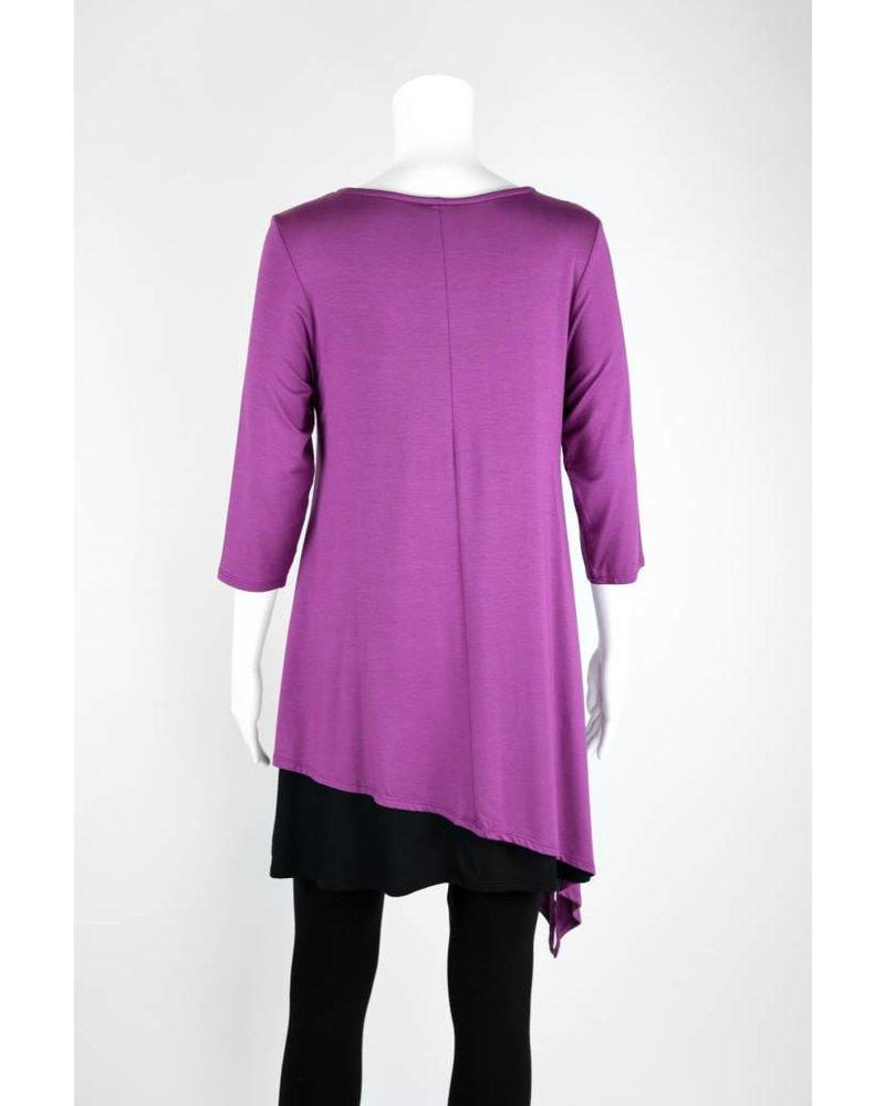 Et'Lois 3/4 Sleeve Asymmetrical Black Bottom Tunic