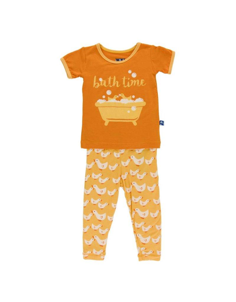KICKEE PANTS Fuzzy Bee Ducks Short Sleeve Pajama Set