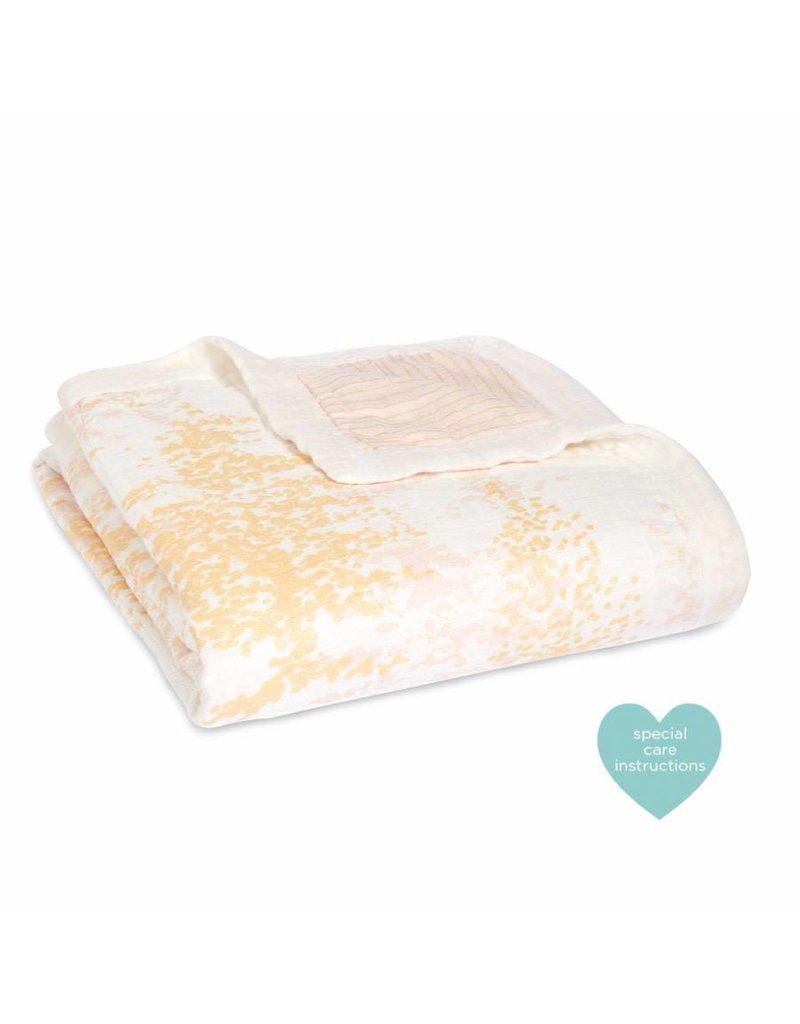 ADEN & ANAIS Silky Soft Dream Blanket