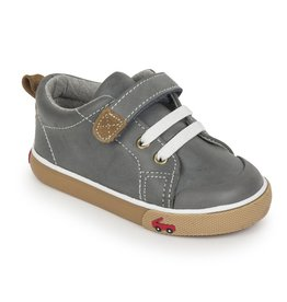SEE KAI RUN Stevie II Gray Leather Sneaker
